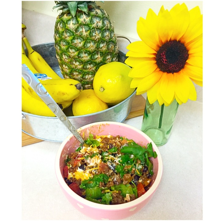 Healthy Lunch Time: The Fresh Five Minute Taco Salad and Citrus Smoothie…