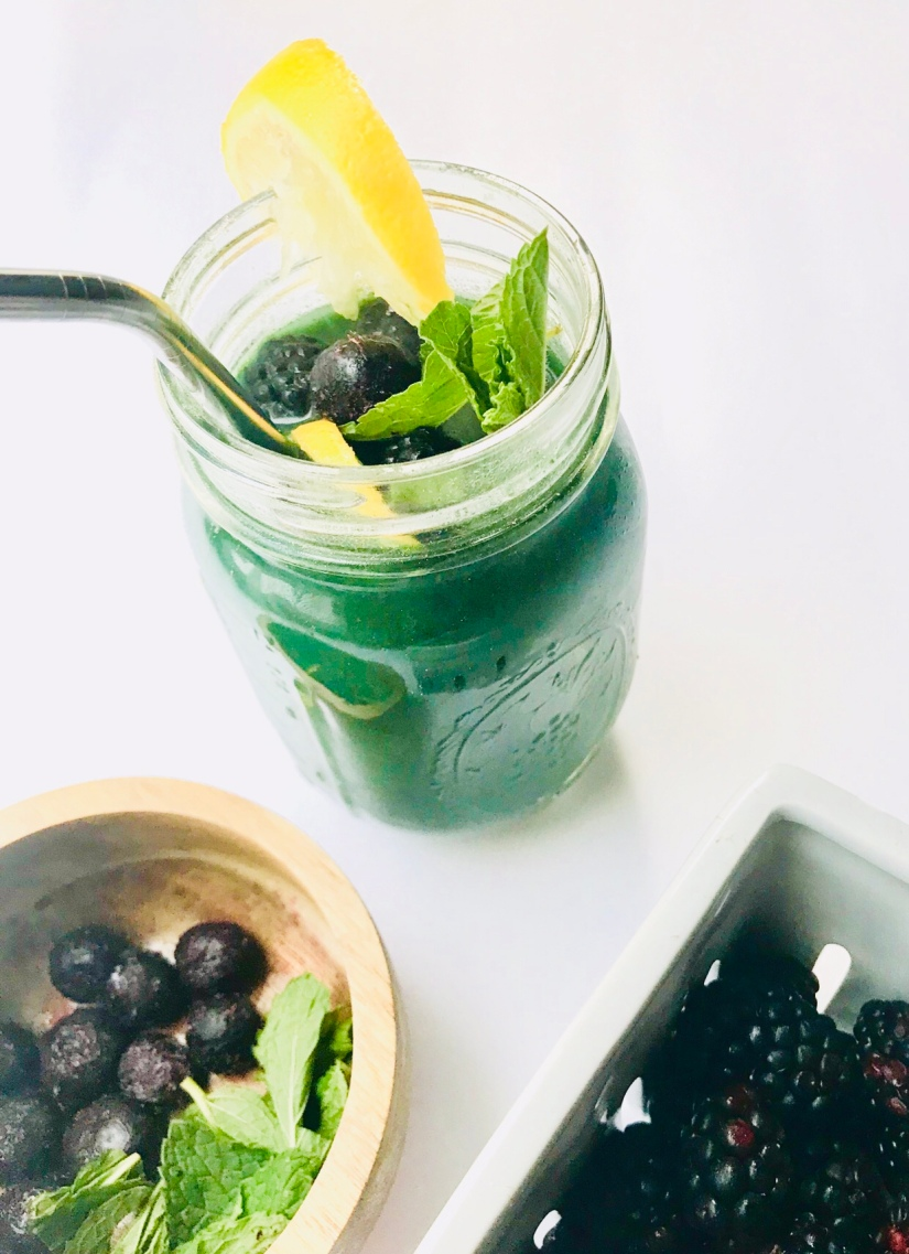 Mermaid Water: The Only Daily-Detox Green Drink You Will Need